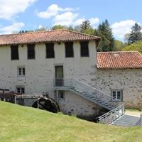 tips en bezienswaardigheden in Limousin papier museum St Leonard de Noblat